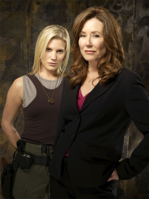 Captain Kara Thrace and President Laura Roslin